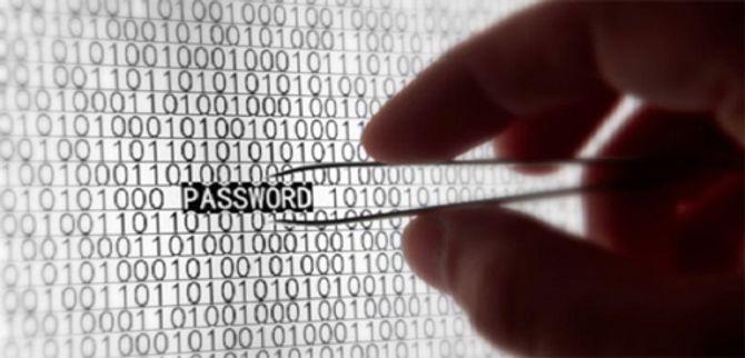 Cảnh báo thủ thuật hack mật khẩu điện thoại trong chớp mắt