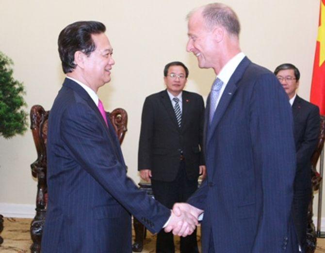 Thủ tướng tiếp Tổng Giám đốc Tập đoàn Airbus - Ảnh 1