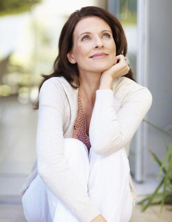 Những ý nghĩ sai lầm về mãn kinh khiến phụ nữ càng già và xấu - Ảnh 2