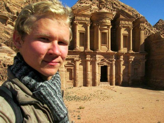 21 tuổi, bỏ vợ và du lịch qua 107 nước - Ảnh 13