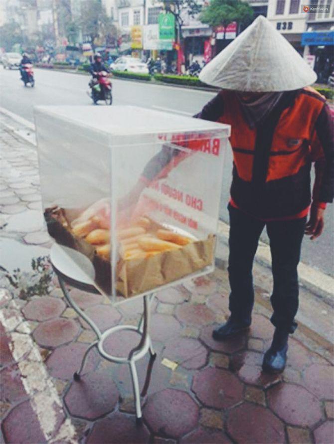 Sau Sài Gòn, tủ bánh mỳ từ thiện đầu tiên đã xuất hiện ở Hà Nội - Ảnh 3