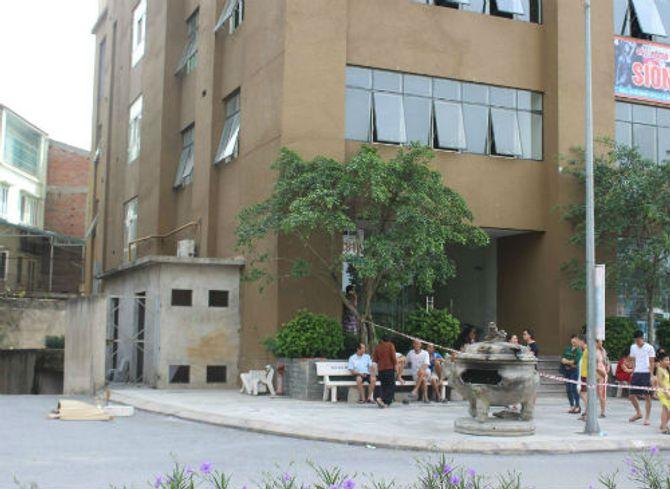 Hà Nội: Rơi từ tầng 29, người phụ nữ tử vong tại chỗ