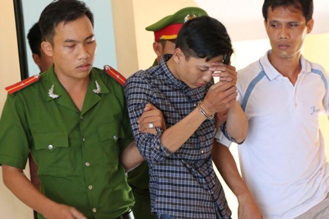 """Vụ thảm sát Bình Phước: """"Không yêu đừng nói lời cay đắng"""""""
