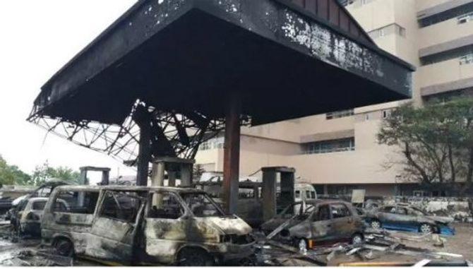Trạm xăng cháy nổ ngùn ngụt khiến 90 người chết thảm