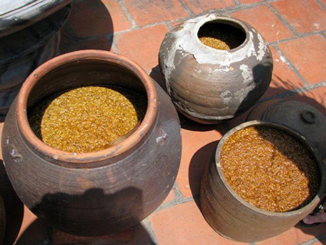 Những món ăn dân dã tuyệt ngon ở làng cổ Đường Lâm - Ảnh 1