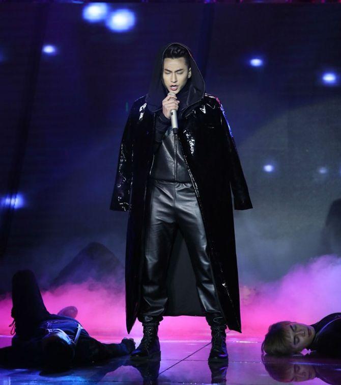 Chung kết The Remix: Đông Nhi điểm cao  hơn, fan Isaac dậy sóng - Ảnh 6