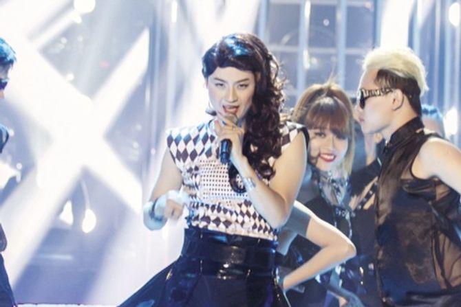 """Ca sĩ Thanh Duy: """"Tôi xinh trai nên làm gái đẹp cũng dễ"""" - Ảnh 1"""