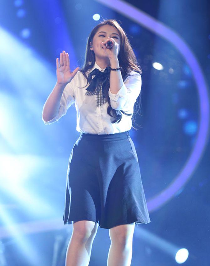 """Diva Hồng Nhung trẻ, s.e.xy """"lấn át"""" thí sinh Vietnam Idol 2015 - Ảnh 6"""