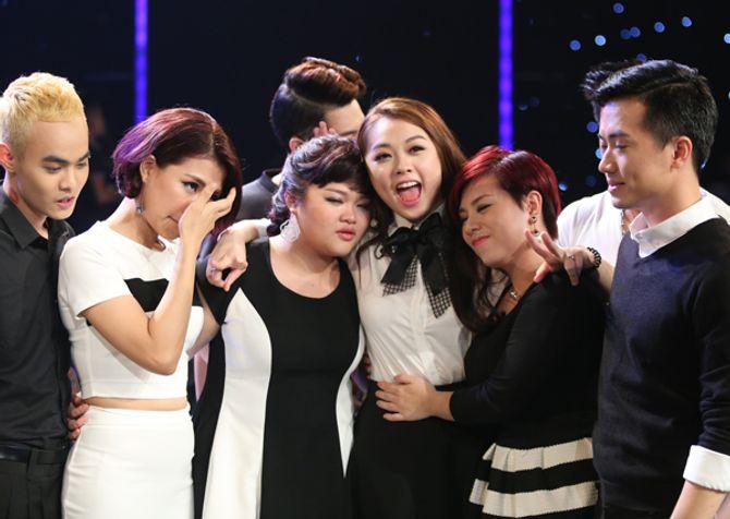"""Diva Hồng Nhung trẻ, s.e.xy """"lấn át"""" thí sinh Vietnam Idol 2015 - Ảnh 8"""