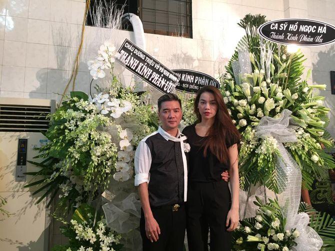 Hồ Ngọc Hà lặng lẽ đến chia buồn với gia đình Đàm Vĩnh Hưng - Ảnh 1