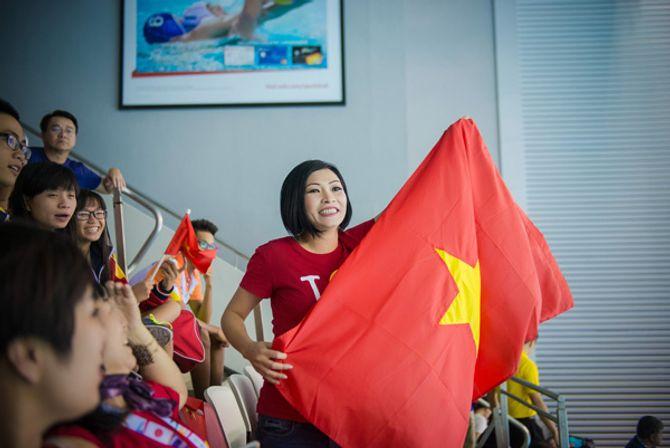 Phương Thanh khóc khi VĐV Ánh Viên giành 2 huy chương vàng - Ảnh 5
