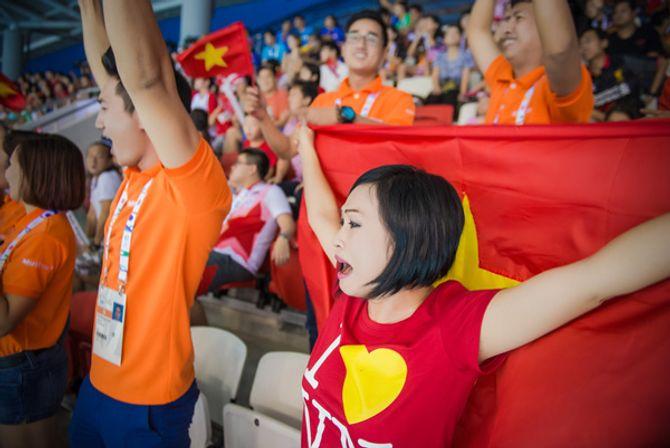 Phương Thanh khóc khi VĐV Ánh Viên giành 2 huy chương vàng - Ảnh 6