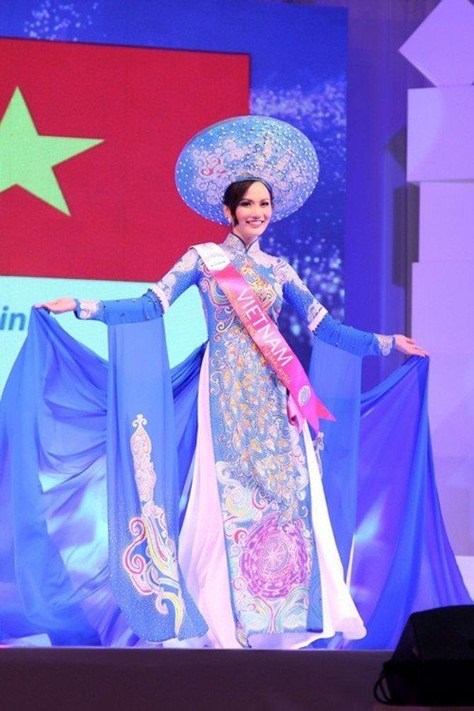 """Những mỹ nhân Việt dính scandal thi sắc đẹp """"chui"""" - Ảnh 7"""