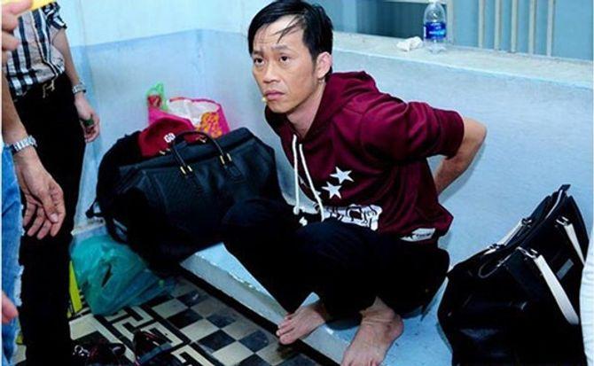 Thân hình da đụng xương, sụt 7 kg của Hoài Linh - Ảnh 8