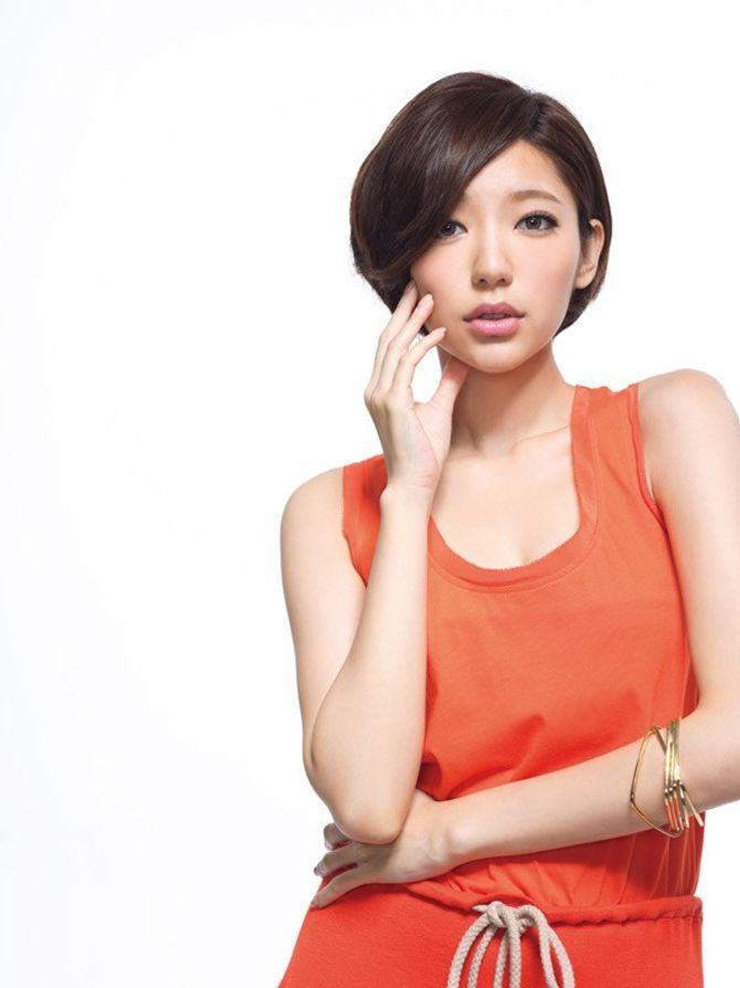 Cận cảnh nhan sắc mỹ nhân gợi cảm nhất xứ Đài 2015 - Ảnh 1