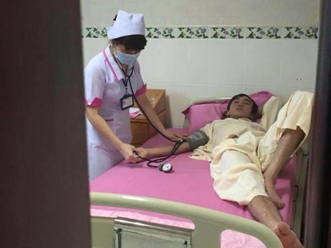 Quang Lê bỏ 322 triệu giúp