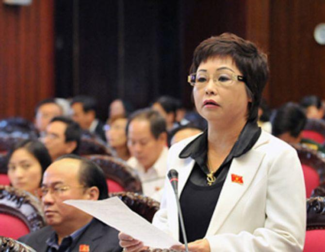 Quốc hội bãi nhiệm tư cách đại biểu bà Châu Thị Thu Nga - Ảnh 1