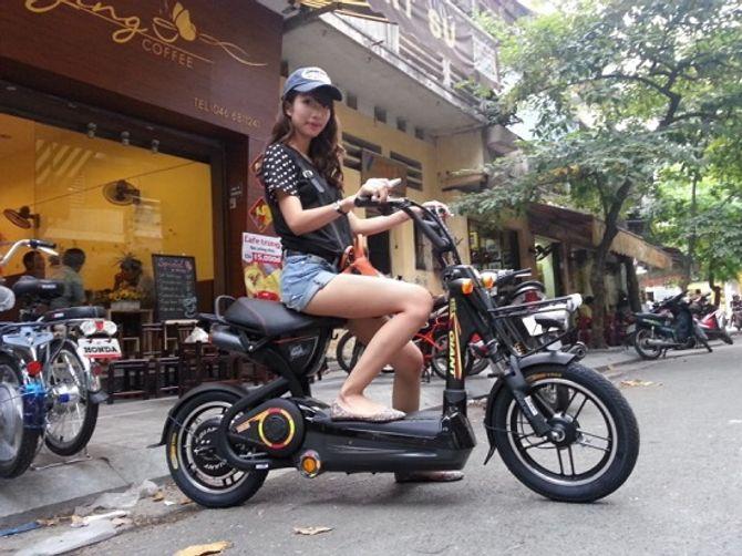 Phải nộp phí trước bạ khi đăng ký  xe máy điện từ 1/7/2015   - Ảnh 1
