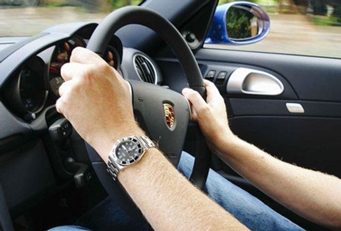 Những sai lầm chết người các lái xe nên sửa - Ảnh 1
