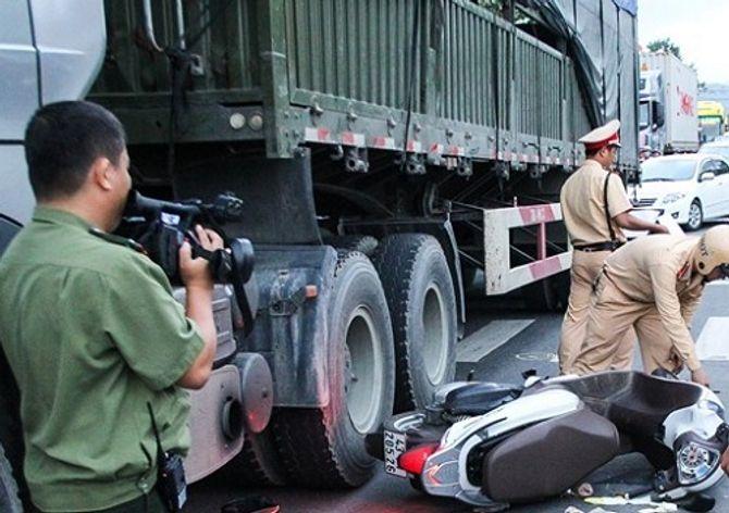 Bí thư Đà Nẵng: Tai nạn không giảm, lãnh đạo quận mất chức - Ảnh 2