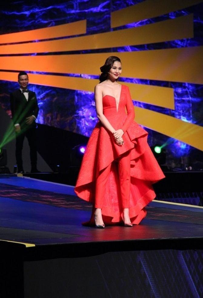 Chung kết Vietnam's Next Top Model 2015: Hương Ly là quán quân - Ảnh 3