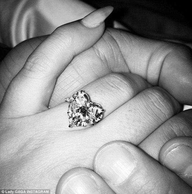 Hôn phu của Lady Gaga hé lộ về đám cưới tại Morocco sau 4 năm hẹn hò - Ảnh 2