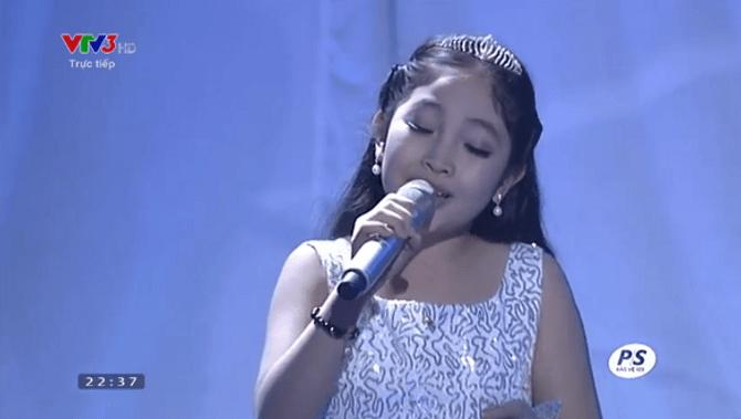 Chung kết Giọng hát Việt Nhí 2015: Hồng Minh giành ngôi Quán quân - Ảnh 21