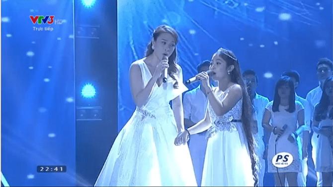 Chung kết Giọng hát Việt Nhí 2015: Hồng Minh giành ngôi Quán quân - Ảnh 22