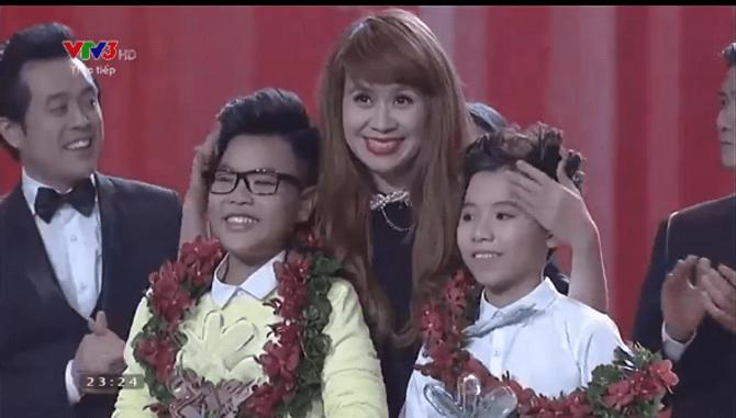 Chung kết Giọng hát Việt Nhí 2015: Hồng Minh giành ngôi Quán quân - Ảnh 30