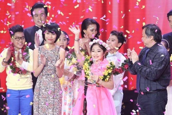 Chung kết Giọng hát Việt Nhí 2015: Hồng Minh giành ngôi Quán quân - Ảnh 29