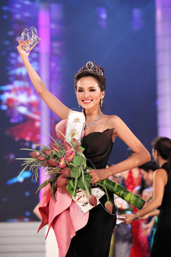 Hoa hậu Diễm Hương: Sau cơn mưa trời lại sáng - Ảnh 1