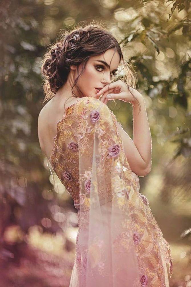 Chiêm ngưỡng nhan sắc rạng rỡ của Hoa hậu Siêu Quốc gia 2015 - Ảnh 3