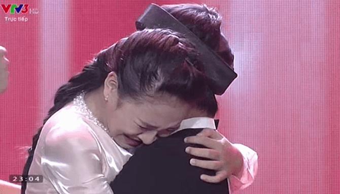 Giọng hát Việt nhí 2015 liveshow 3: Thí sinh nhí nhập vai Elsa và Anna cực ngọt - Ảnh 24