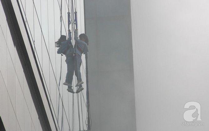Hơn 2.000 người diễn tập chữa cháy tại tòa nhà 26 tầng - Ảnh 5