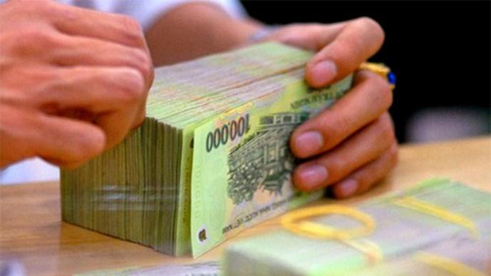 """""""Sếp"""" ngân hàng lừa đảo chiếm đoạt hàng chục tỷ đồng - Ảnh 1"""