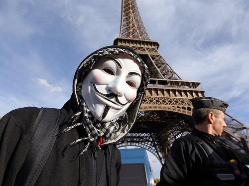 Nhóm hacker Anonymous đánh sập 5.500 tài khoản Twitter của IS - Ảnh 1