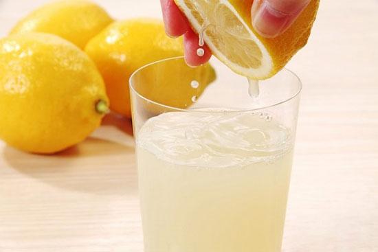 10 lợi ích sức khỏe bất ngờ từ nước chanh - Ảnh 5