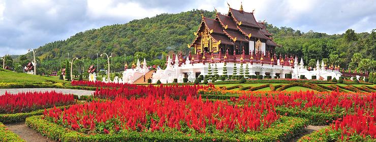 Những điểm đến hấp dẫn nhất khi du lịch Thái Lan - Ảnh 2