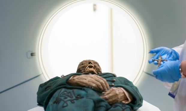 Xác ướp tại hầm mộ Hungary giải thích vì sao bệnh lao lây lan khủng khiếp - Ảnh 1