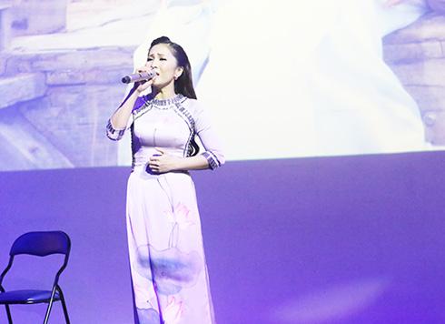 Con đường tìm về với khán giả Việt của Ngọc Liên - Ảnh 1