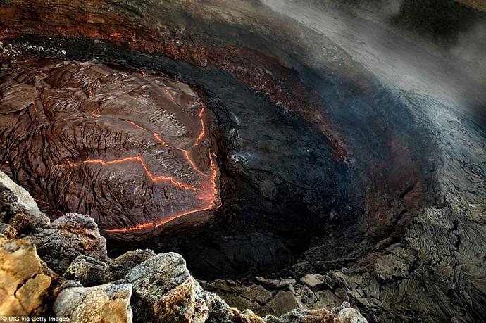 Những điểm du lịch kỳ lạ nhất hành tinh hấp dẫn du khách - Ảnh 5