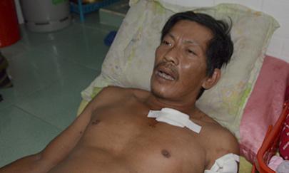 Thấy thanh niên đánh ông già, đến can ngăn, bị đâm nhập viện - Ảnh 1