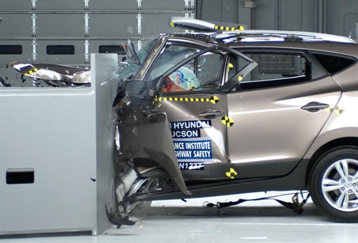"""Hyundai Tucson bị """"đánh trượt"""" khỏi top xe an toàn nhất - Ảnh 2"""