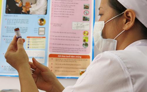 Học sinh cấp 3 sắp được tiêm miễn phí vắc xin sởi – rubella - Ảnh 1