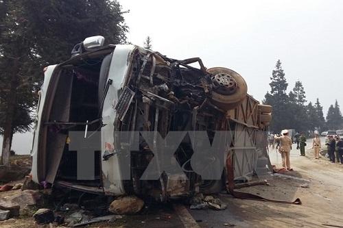 Vụ xe khách đâm xe tải tại Sapa: Còn 21 người nằm viện - Ảnh 1