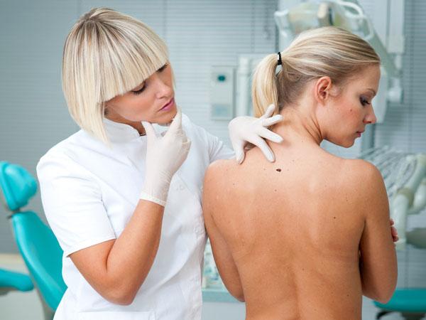 Những cuộc kiểm tra sức khỏe quan trọng phụ nữ không nên bỏ qua - Ảnh 14