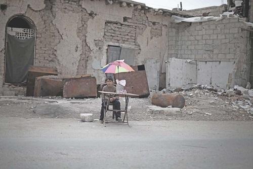 UNICEF: 2,9 triệu trẻ em ở Syria chỉ biết đến chiến tranh - Ảnh 2
