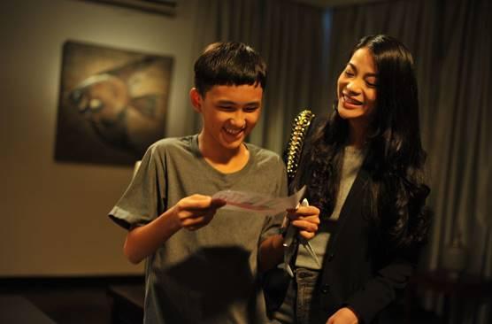 Trương Ngọc Ánh kèm cặp diễn xuất cho diễn viên trẻ Thịnh Vinh trong Truy Sát - Ảnh 2