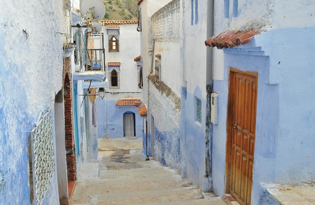 10 quốc gia du lịch tuyệt đẹp mà không hề tốn kém - Ảnh 10