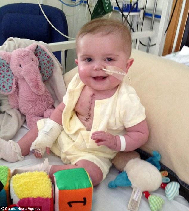 Bé gái sinh ra chỉ có một nửa trái tim sống sót kì diệu - Ảnh 2